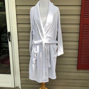 Gilligan&O'Malley women's white plush robe